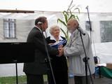 Nagrodę otrzymuje Jan Kucz - urodzony wZarzeczu artysta, prof. ASP